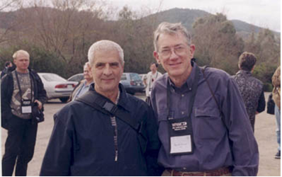 Nikolay Konstantinov (Russia) with Harold Reiter (USA).Melbourne Conference, 2002.